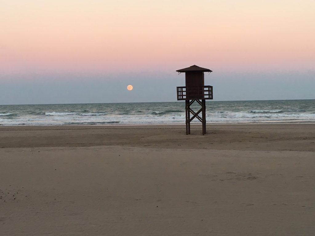 Atardecer en playas del faro de Cullera